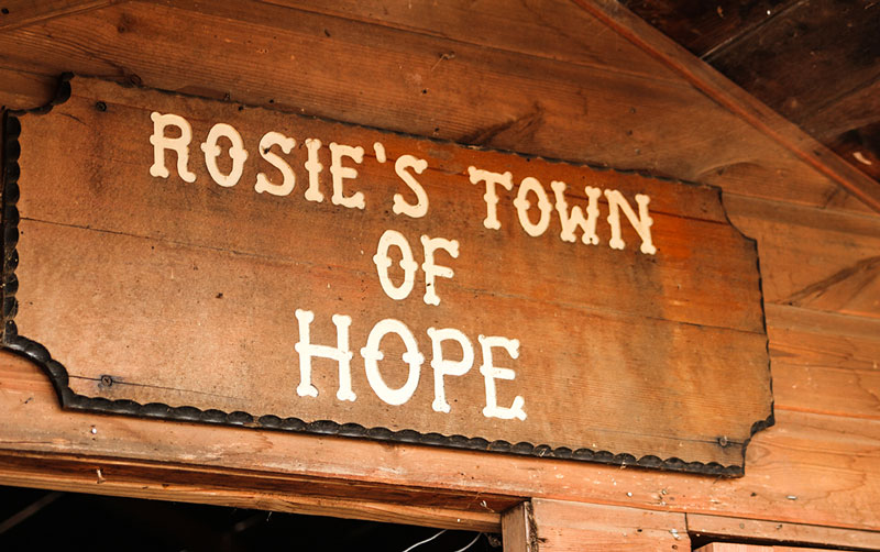 Rosie's Town of Hope sign